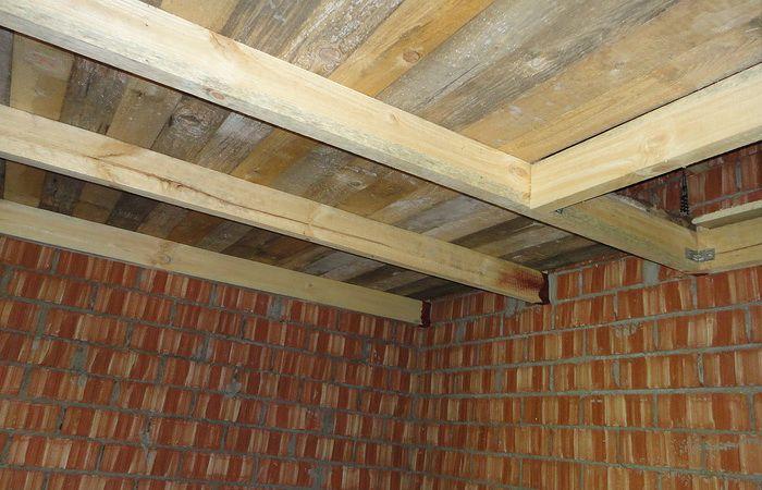 Теплоизоляция и пароизоляция потолка в бане